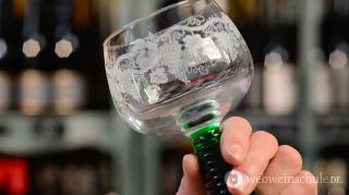 Schauriges Weinglas: Der 'Römer'